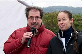 La Federación de Atletismo premia a Ignacio Fernández en la organización del Premio de Campo a Través