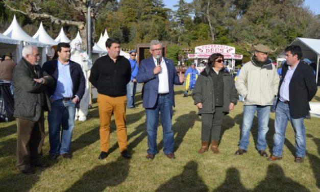 Cerca de 5.000 personas visitan la III Feria de la Caza de la localidad lusa de Termas de Monfortinho