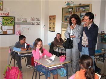 La consejera de Educación inaugura las instalaciones del colegio público Santa Marina en la localidad de Cañaveral
