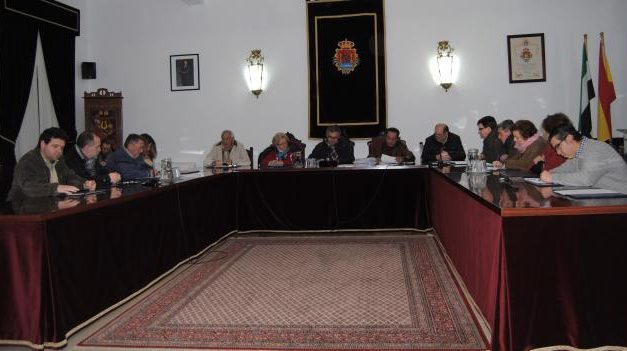 Valencia de Alcántara destina 50.000 euros para la mejora de la electrificación de Rivera del  Avid