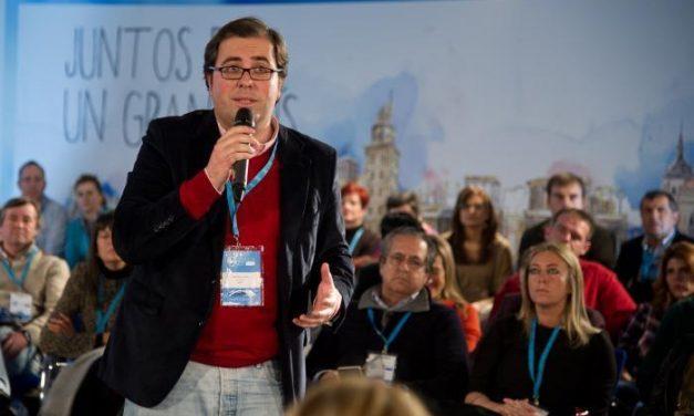 """El alcalde de Trujillo reitera la importancia de la formación especializada para el turismo """"de calidad"""""""