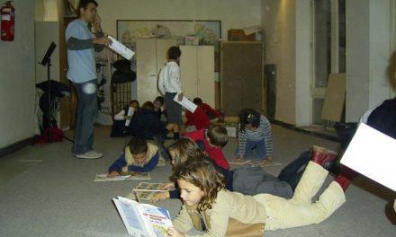 Siete de cada diez jóvenes residentes en Extremadura opta por leer en su tiempo libre