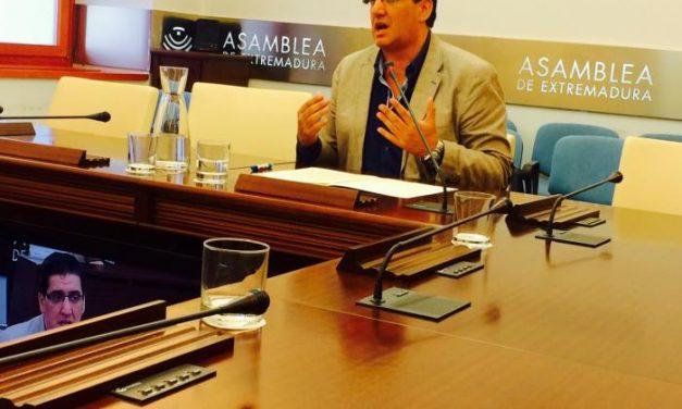López Marroyo reitera que la Ley Agraria de Extremadura modernizará el sector y fijará la población al territorio