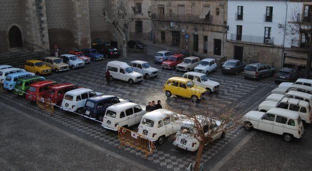 El I Paseo Internacional Slow Cars congrega a más de 60 personas y 28 coches en las zonas  de  Marvâo y Valencia