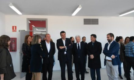 """Monago reitera que los estudiantes de Coria """"podrán formarse en un espacio moderno y adaptado"""""""