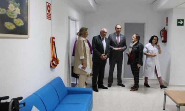 Extremadura cuenta con casi un millar de plazas para personas con deterioro cognitivo