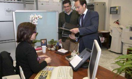 El Gobierno registra el análisis de cumplimiento de los programas electorales de 2011 del PP, PSOE e IU