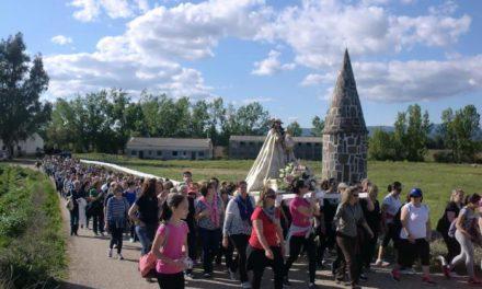 Cientos de personas en Moraleja participan en la procesión en honor a la Virgen de la Vega