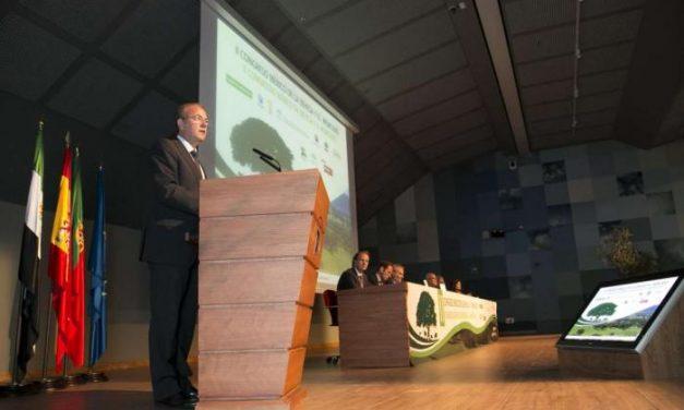 Monago destaca la importancia de la innovación para que la dehesa siga siendo motor de crecimiento