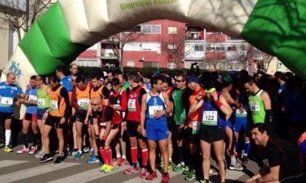 La Media Maratón Ciudad de Coria y el cross urbano congregan a más de 360 corredores