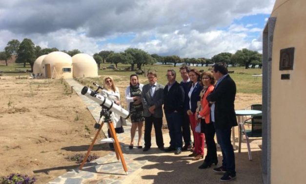 Turismo destina 150.000 euros para mejorar los alojamientos de astroturismo en Ceclavín