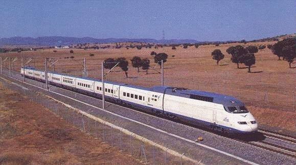 Los trenes extremeños aumentan un 5 por ciento sus viajeros en el primer trimestre de 2015