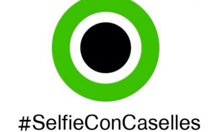 """El PP de Moraleja pone en marcha la campaña """"Selfie con Caselles"""" para acercarse a los vecinos"""