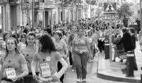 Unas 2.500 mujeres participan  en la Carrera de la Mujer que se celebró el sábado en Villanueva