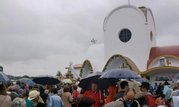 Cientos de personas se congregaron en la romería de la Virgen de la Vega de Moraleja