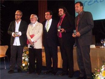Fernández Vara pide a los premiados a la creación que se conviertan en embajadores de Cáceres 2016