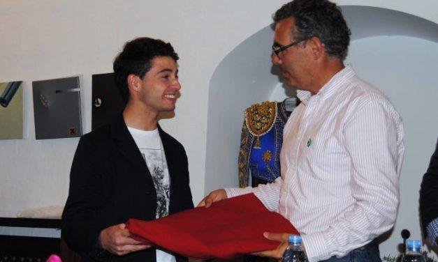 El novillero de Valencia de Alcántara Juan Carlos Carballo toreará en su localidad natal en San Isidro