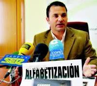 El Ayuntamiento de Villanueva de la Serena abre el plazo para apuntarse a las clases de alfabetización