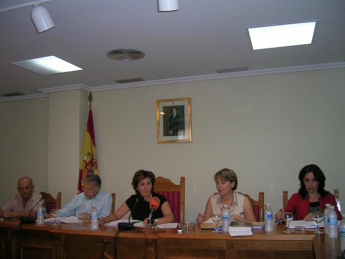 El pleno del Ayuntamiento de Moraleja desestima la petición de nulidad del PSOE sobre la sesión de agosto