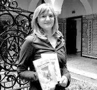 La joven de Almendralejo, Lucía González, publica el primer libro de una nueva trilogía para niños
