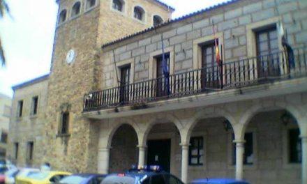 Cristina Herrera visita Coria para estudiar los protocolos de seguridad operativos en las fiestas de San Juan