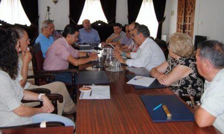 Carrilho y Piris mantienen un encuentro en Valencia de Alcántara para abordar  futuras inveriones