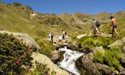 La asociación ADEMOXA organiza una ruta senderista por el paraje leonés de la Laguna de la Nava