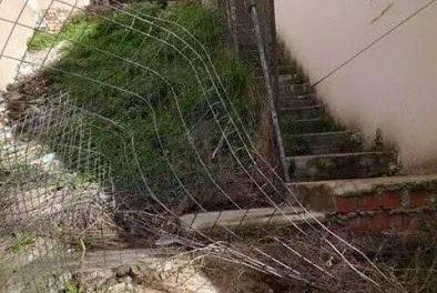 Las obras de mejora de las escaleras de la calle Cervantes de Coria concluirán en septiembre