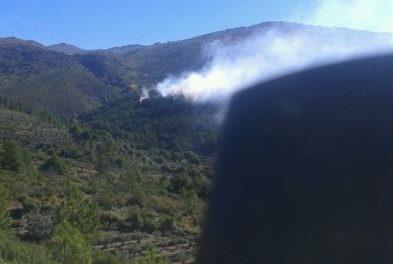 El Ayuntamiento de Gata confirma que el incendio afecta a cerca de cien hectáreas de pino y matorral