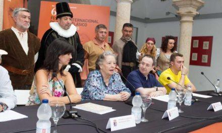 La secretaria general de Cultura, Miriam García Cabezas, reivindica el teatro popular extremeño