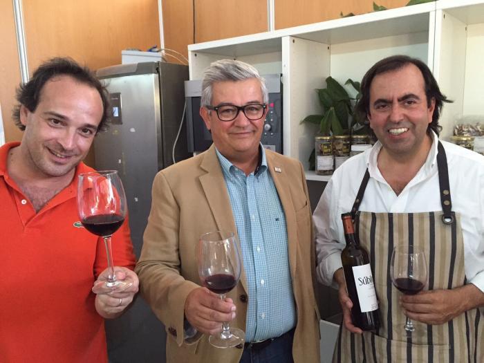 El chef de la selección de fútbol de Portugal destaca la calidad del aceite extremeño y la carne de caza