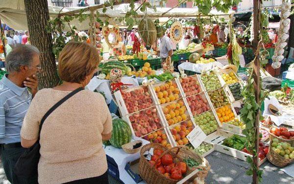 El Ayuntamiento de Plasencia anima a los extremeños a disfrutar del Martes Mayor