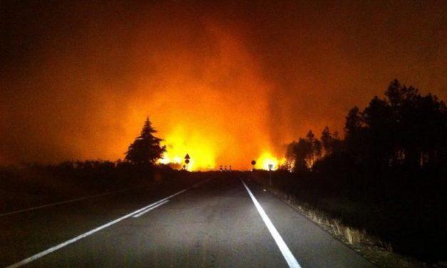 El alcalde de Perales del Puerto asegura que el incendio que afecta a Sierra de Gata ha sido intencionado