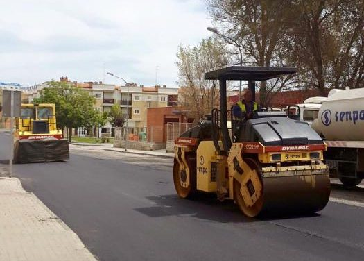 El Ayuntamiento de Coria realiza obras  para mejorar la accesibilidad y la imaden de varias calles