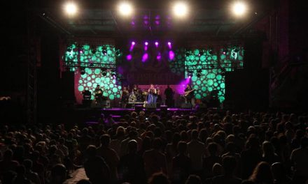 Más de 10.000 personas disfrutaron de los conciertos, pasacalles  y talleres del XX Festival Folk Plasencia