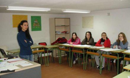 """Hoyos acoge el curso """"Agroturismo: diseño de rutas apícolas"""" dirigido a mujeres del medio rural"""