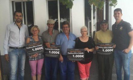 Un total de cuatro familias de Sierra de Gata recibe 1.000 euros procedentes del Festival Ecuestre de Villamiel