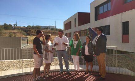 El alcalde de Coria agradece al Gobierno regional la labor llevada a cabo en materia de educación en la ciudad