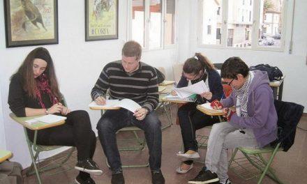 La Universidad Popular de Coria oferta una veintena de cursos para personas mayores de 16 años