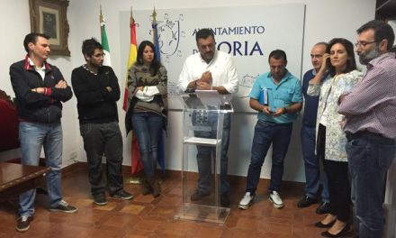 """Ballestero afirma que Coria no perdería """"inversiones millonarias"""" con un Gobierno regional popular"""