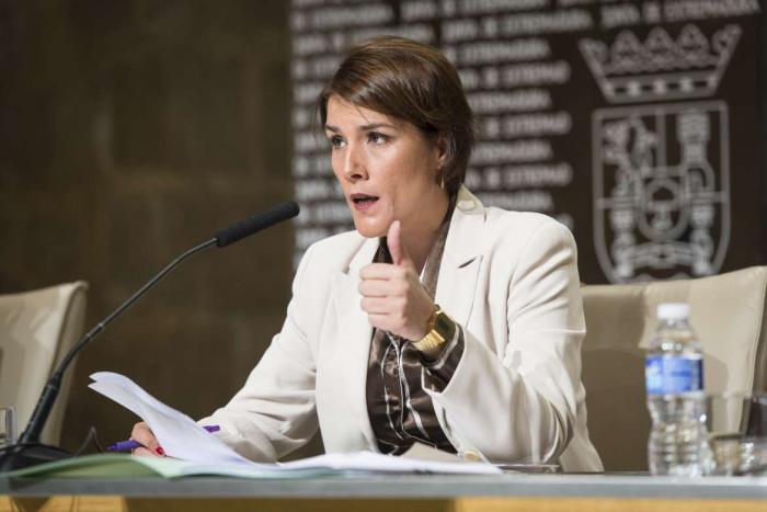 La Junta activa un protocolo adjudicar viviendas de protección pública a víctimas de violencia de género