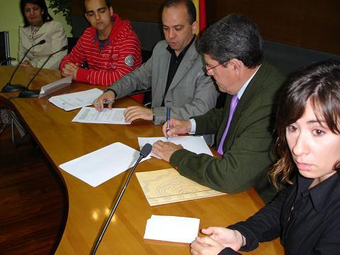 Arroyo de la Luz pone en marcha una novedoso servicio para eliminar barreras de comunicación