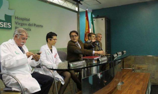 Vergeles inicia en Plasencia un recorrido por las áreas de salud para conocer la realidad sanitaria