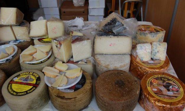 """El queso """"El Acehucheño"""" ha sido premiado por el Ministerio como """"mejor queso madurado de cabra"""""""