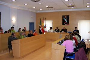 El Ayuntamiento de Don Benito firmará un convenio con la Junta para iniciar un plan de educación familiar