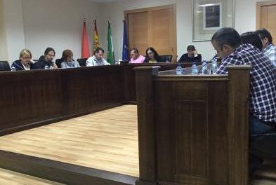 El Ayuntamiento de Moraleja aborda en pleno actuaciones para paliar los efectos del fuego en Sierra de Gata