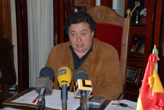 La Fiscalía aumenta las penas solicitadas al alcalde de Trujillo por desobediencia a la autoridad