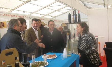 Cientos de personas han participado en la Feria Gastronómica y el Puente Mágico en Moraleja