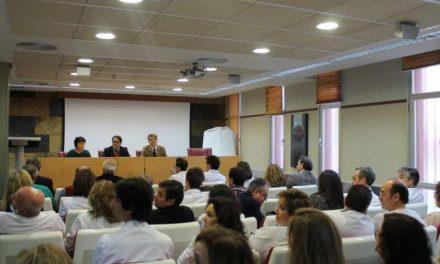 Vergeles garantiza el funcionamiento del Servicio de Oncología en el Hospital de Coria