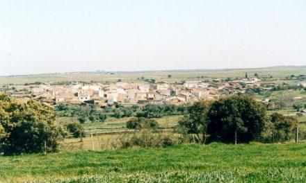 Los Escenarios Móviles acercan el teatro, la música y el folklore a los pueblos de Pescueza y Baterna